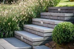 Escalier extérieur - Gustin Jardin Marche